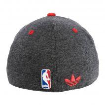 کلاه نقاب دار تیم بسکتبال شیکاگو بولز آدیداس - Adidas Fitted Bulls